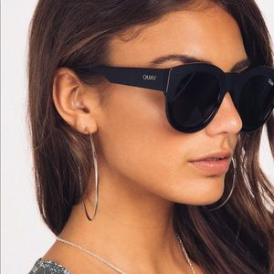 3073b15a69c16 Quay Australia Accessories - Brand new Quay sunnies. If Only in black